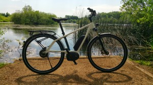 blueLABEL Charger Review - Out for an electric bike ride by the lake